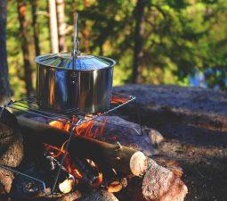 Camping Rezepte: Draußen kochen beim Campen