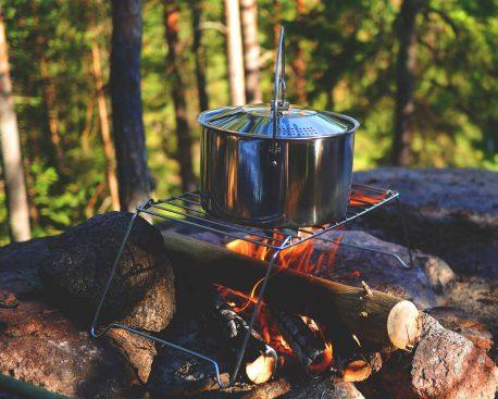 Draußen kochen – Tipps zum Outdoor kochen beim Campen