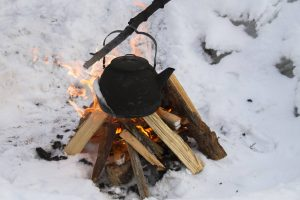 wintercamping feuer