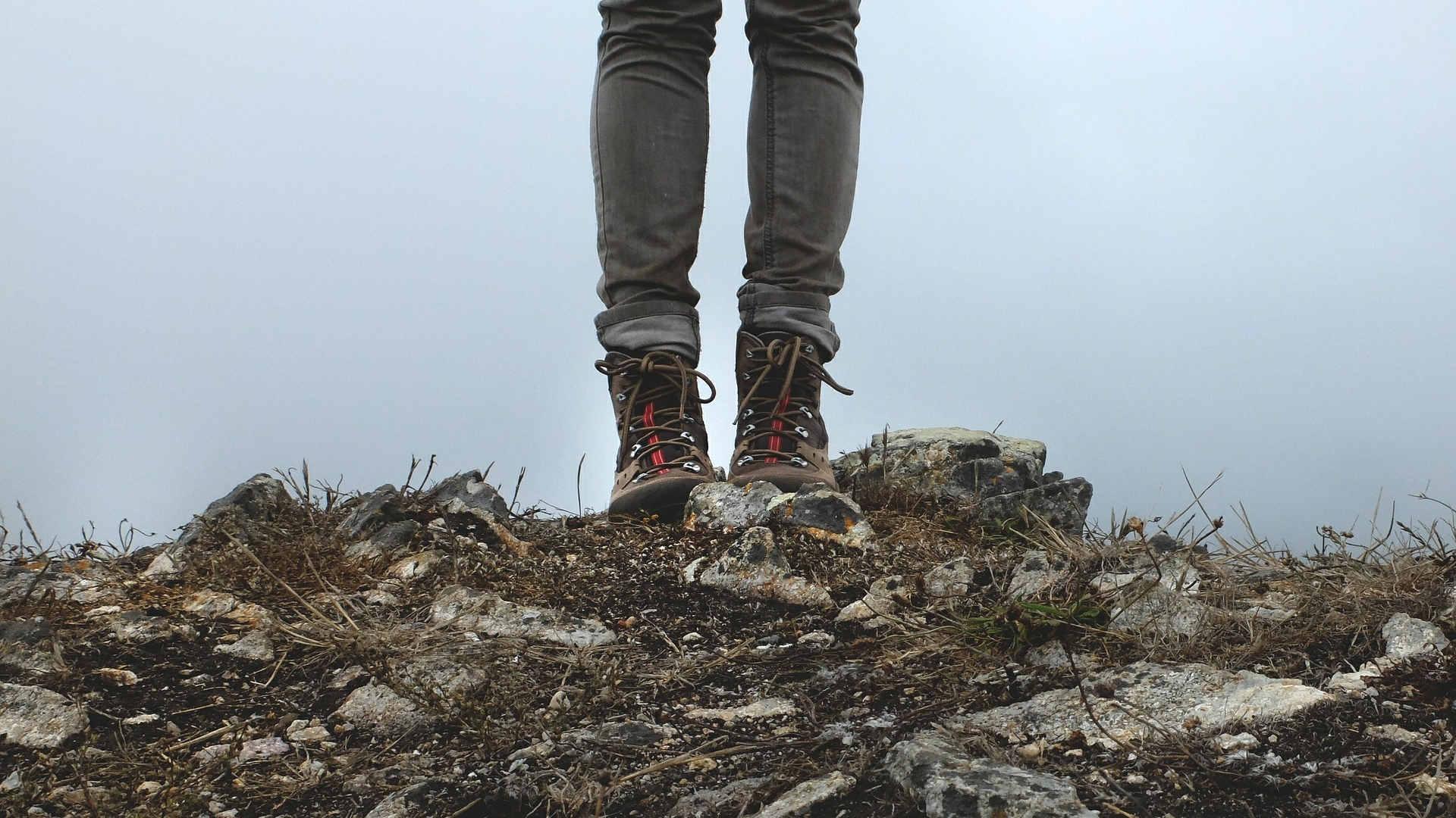 Wandern Ausrüstung ▷ Tipps zum Wandern