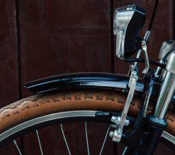 Fahrradlicht reparieren: Dynamo Beleuchtung am Fahrrad reparieren