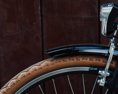 fahrradlicht reparieren dynamo beleuchtung am fahrrad reparieren. Black Bedroom Furniture Sets. Home Design Ideas