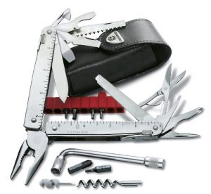 multitool Victorinox SwissTool CS Plus