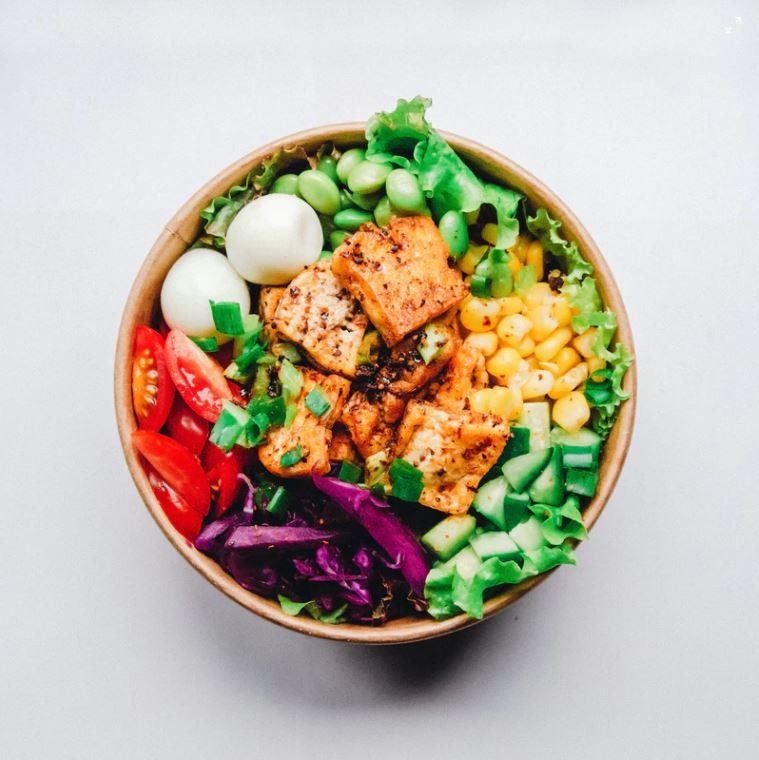 ernährungsplan-aufstellen-salat